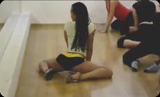 レゲエダンスの腰の動き
