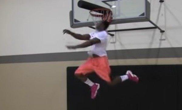 バスケ選手のジャンプ力